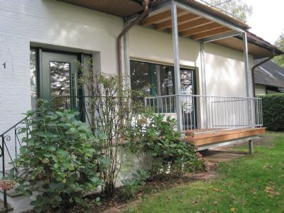 hohes ufer tolle erdgeschoss wohnung mit balkon und. Black Bedroom Furniture Sets. Home Design Ideas
