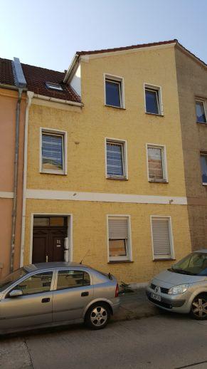 Moderne 4-Raumwohnung | Maisonettewohnung mit Gartennutzung und Terrasse sowie Einbauküche in Roßlau zu vermieten