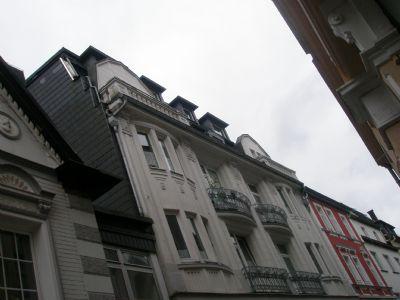 Mit Dachgeschoss