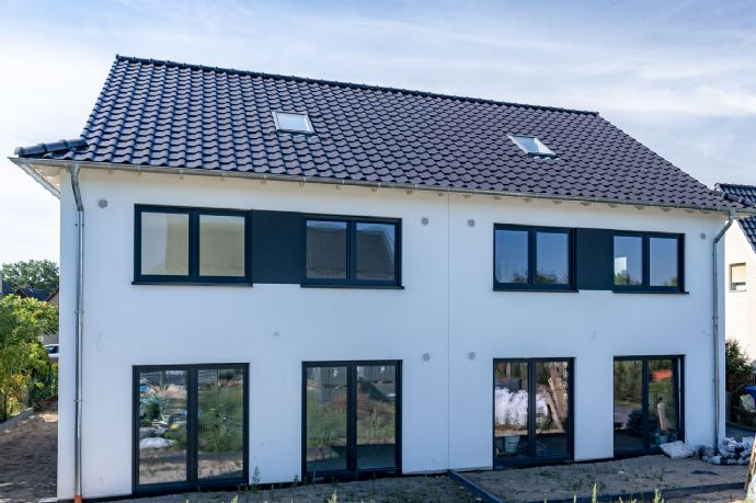 Modernes Smart-Home auf 3 Ebenen