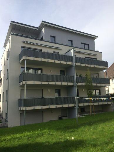 Neubau hochwertiger barrierefreundlicher Mietwohnung 73m² 3-ZKB in zentraler Lage