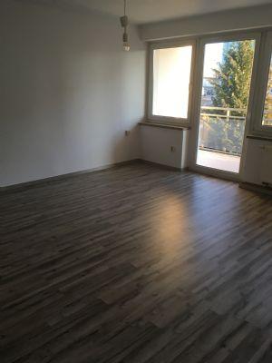 Schön renovierte 3-Zimmer-Wohnung in Großröhrsdorf Großröhrsdorf