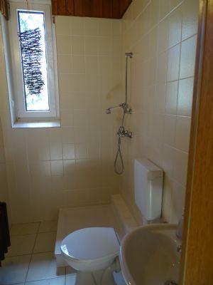 Gäste-WC im Eingangsbereich EG