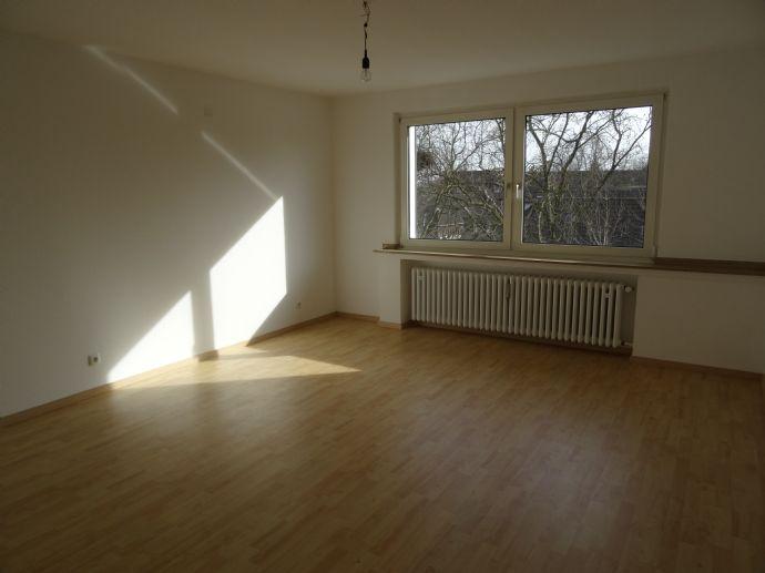 Renovierte 3 Zimmerwohnung