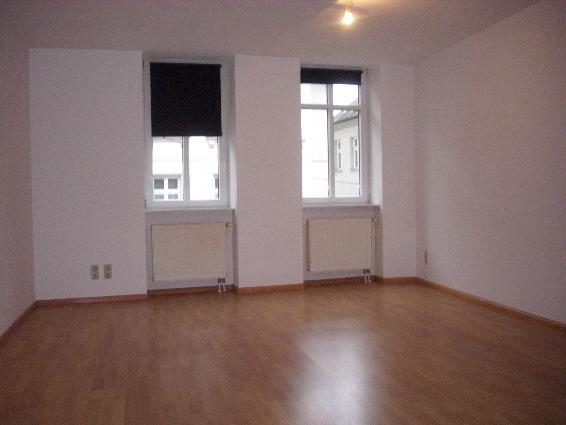 St.Wendel, mitten in der Altstadt: Komfortable, geräumige 2 ZKB (72m²) mit Ebk, G-WC, Aufzug, Tiefgarage