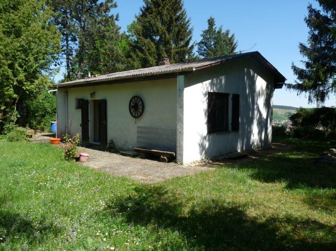 Wochenendhaus in Leinach mit sehr schönem Weit-Blick