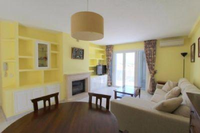 strandnahe penthousewohnung im beliebten santa ponsa. Black Bedroom Furniture Sets. Home Design Ideas