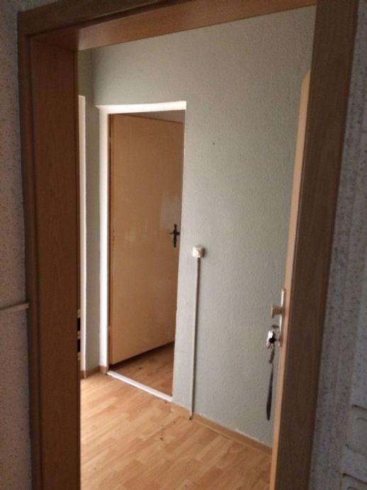 Unrenovierte 2-Zimmer-Wohnung mit Balkon in Greifswald