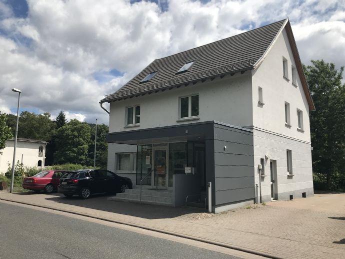 Große und moderne Gewerbeimmobilie nahe Limburg / Taunusstein, ideal für z.B. Call-Center, Kanzleien, Steuerberater...