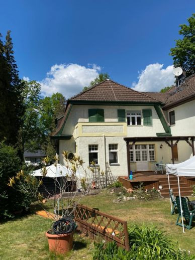 Stilvolle Villa mit Traumgarten und Pool