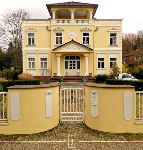 Lichtverwöhnte Villa am Landschaftsschutzgebiet