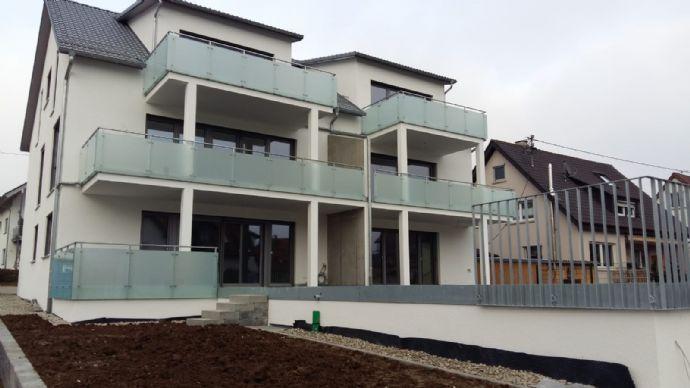 3,5-Zimmer Dachgeschosswohnung mit großem Balkon