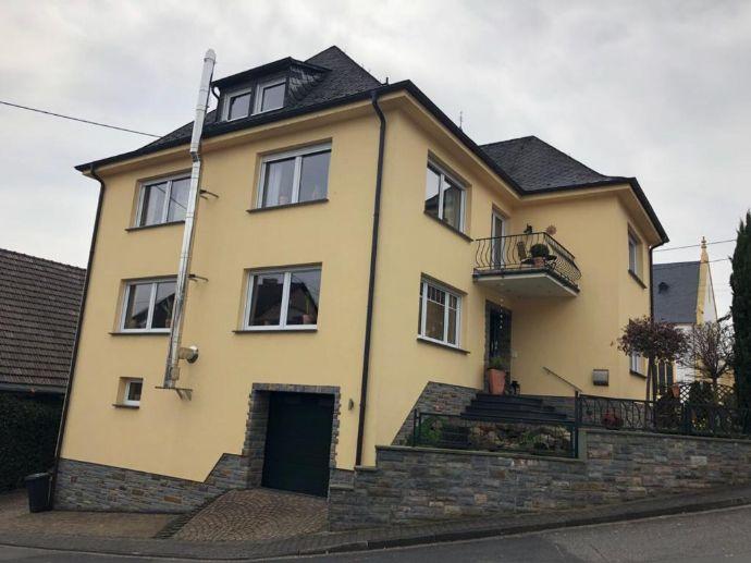 Koblenz-Vorort! Schöne Villa - vom Keller bis zum Dach in Top-Zustand
