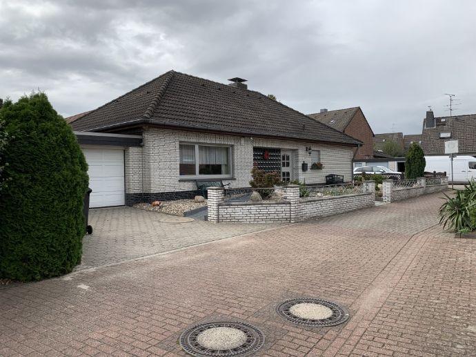 Schönes freistehendes Einfamilienhaus mit viel zusätzlichem Platz (140qm Wohnfläche + 300 qm Nutzfläche)