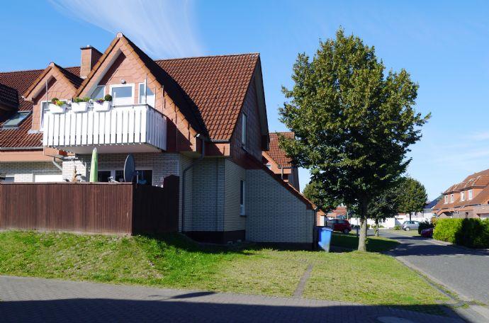 Schöne, ruhige 3 ZKB Wohnung in guter Lage im EG mit Terrasse und Gartenanteil