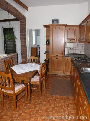 gro e doppelhaush lfte mit nebengeb uden und bauland. Black Bedroom Furniture Sets. Home Design Ideas
