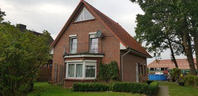 Idyllisch gelegenes Einfamilienhaus mit Doppelcarport zu vermieten