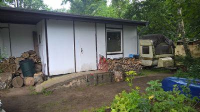 ferienhaus mit wohnwagen grundst ck bootssteg ruderboot am see bungalow cammin 2evry4u. Black Bedroom Furniture Sets. Home Design Ideas