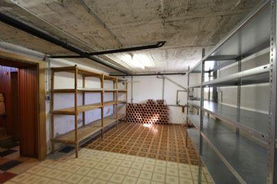 Kellerräume mit Zentralheizung