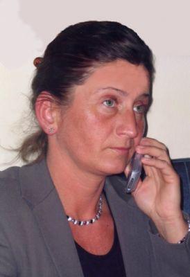 Ansprechpartnerin D.Dousa-Szeremeta