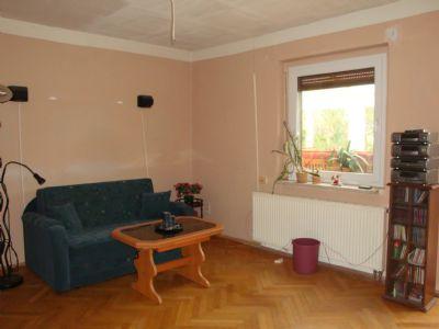 Wohnzimmer im EG