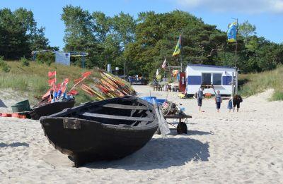 Strandaufgang - Fischerstrand mit Segelschule