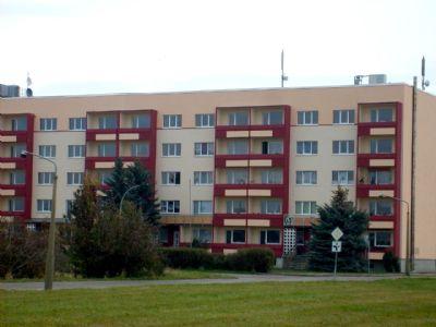 3 raum wohnung mit balkon und aufzug vollsaniert etagenwohnung landsberg 25lpr4b. Black Bedroom Furniture Sets. Home Design Ideas