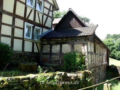 Das Wohnhaus mit Seitentrakt