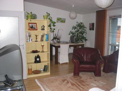 gepflegte 3 zimmer wohnung mit wbs in familienfreundlicher. Black Bedroom Furniture Sets. Home Design Ideas
