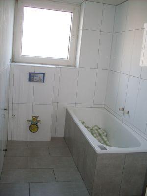Hilden schicke ger umige 3zi whg frisch saniert und mit for Schicke badezimmer
