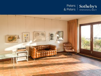P & P Sotheby`s International Realty - Ikone der 70er