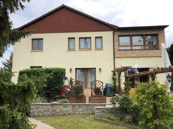 Ein Haus für Mehrgenerationen - 4 Wohnungen in Rüdersdorf!