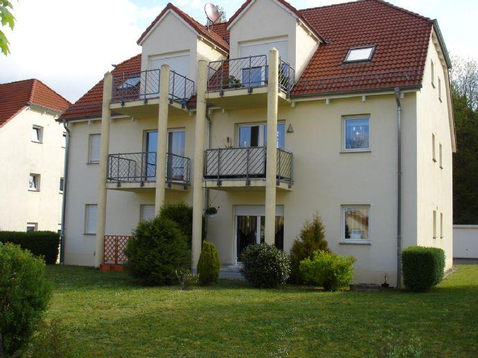 Helle 3-ZKB-Wohnung mit Hobbyraum in ruhiger Lage