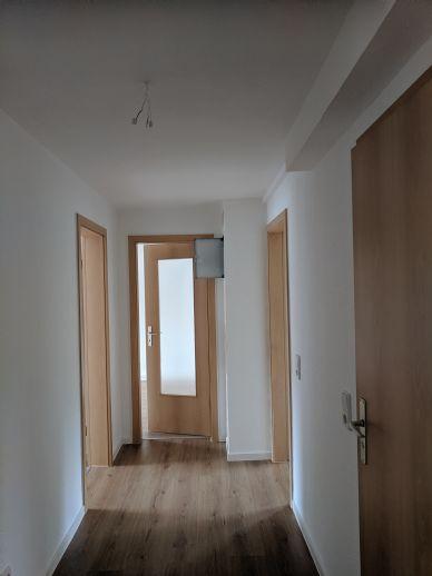 Frisch Sanierte 3-Zimmer-Wohnung ab sofort bezugsfrei!