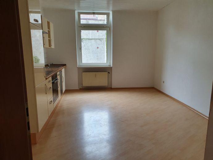 5 Zimmer Wohnung in zentraler Lage