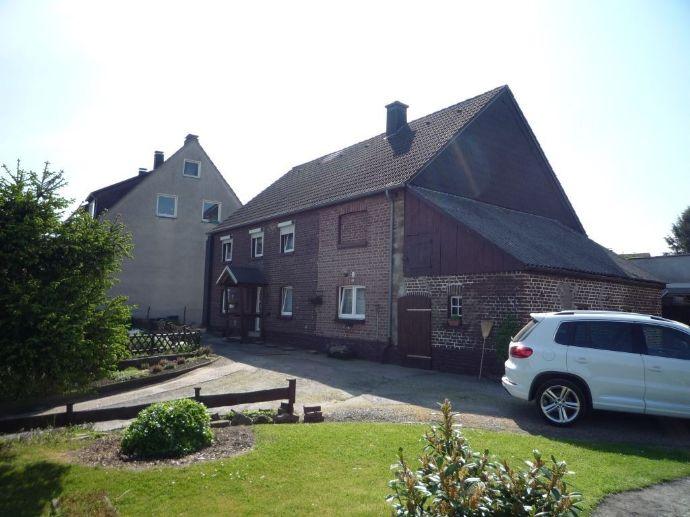 Zweifamilienhaus auf großem Grundstück in zentraler Lage von Hagen-Garenfeld