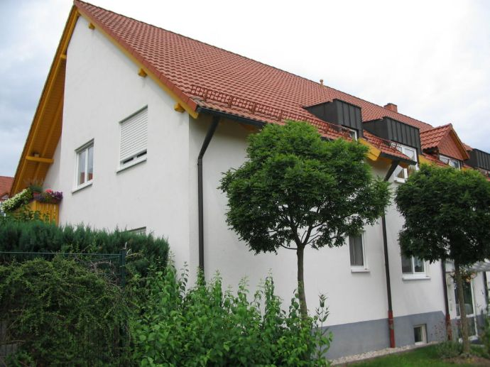 Heimkommen - Wohlfühlen - Terrassenwohnung mit Garten / 3 Zimmer