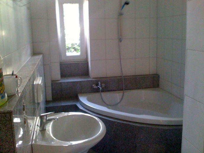 3 Zimmer-Wohnung - Stadtfeld Balkon - top