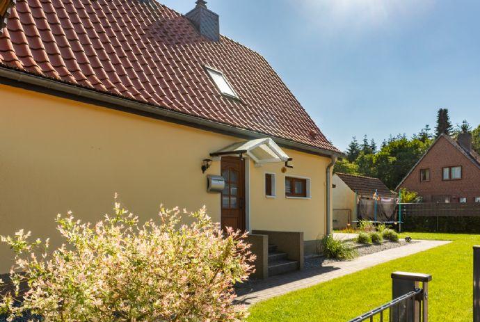 Kleines Einfamilienhaus im Grünen