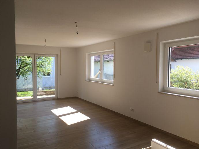 schöne 3,5-Zimmer- Neubau Wohnung in Geisenhausen mi sehr grosser Terrasse in Geisenhausen