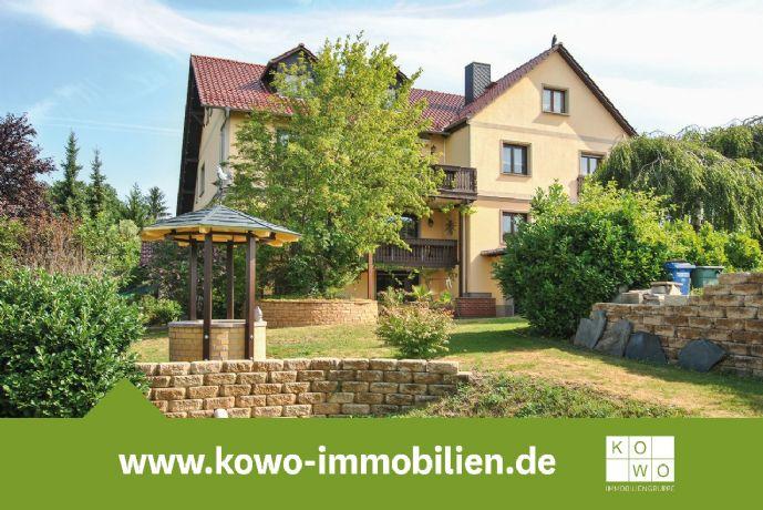 Attraktives EFH mit 3 mgl. Wohnbereichen, 4 Garagen und traumhaften Garten sucht neue Besitzer!