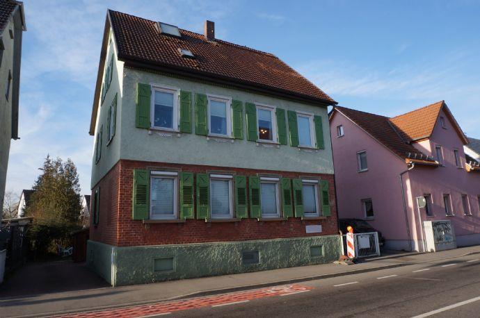 2-3 Familien-Wohn-/Geschäftshaus in zentraler Lage von Kirchheim!