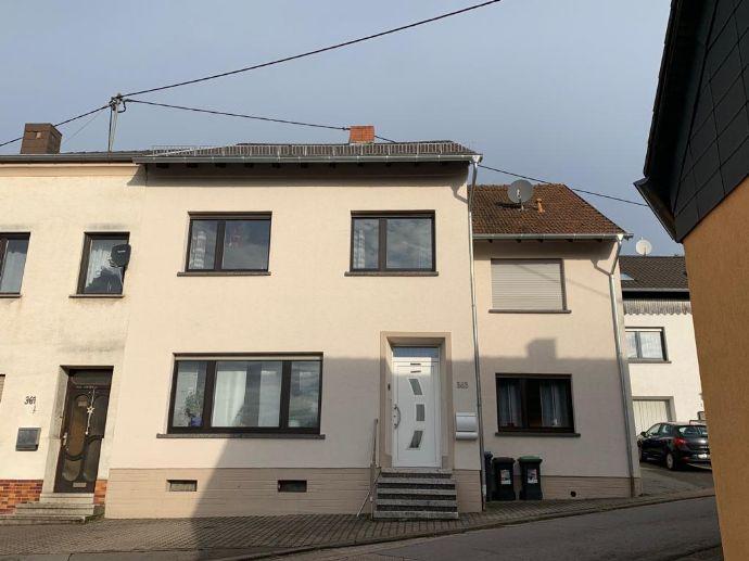 Schwalbach/Elm; schönes, gepflegtes Einfamilienhaus mit Garten und Garage