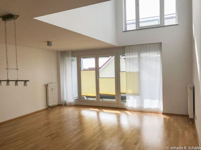 3 Zi. Maisonette, 108qm, 2 Bäder, Küche, 2 TG, ruhige Lage, 4 Balkone
