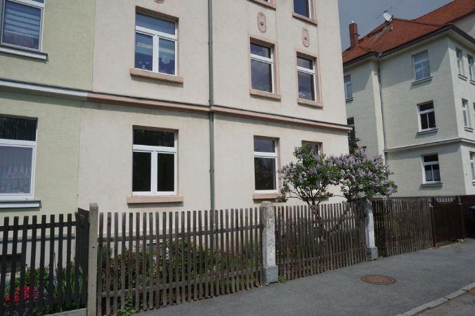 3 RWE im 3 Familienhaus mit Gartennutzung