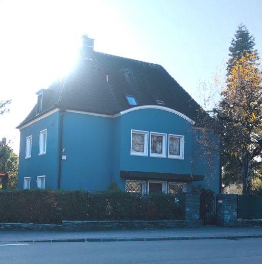 Ein großes Haus in der Stadt...