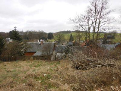 Grundstück mit freier Sicht in ruhiger Lage nahe Plauen