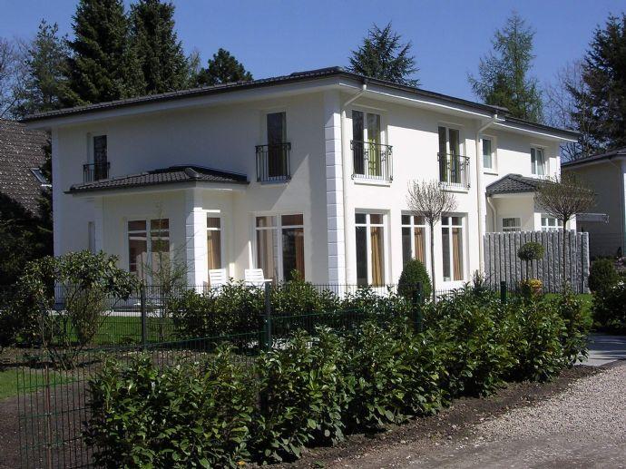 An der Grenze zu Blankenese - Exclusives Einzelhaus im Verbund