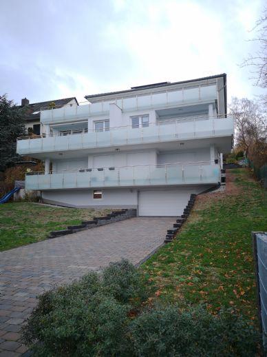 Top Wohnung mit großem Süd-Balkon ca. 25 qm und Blick über Kassel bis zum Herkules