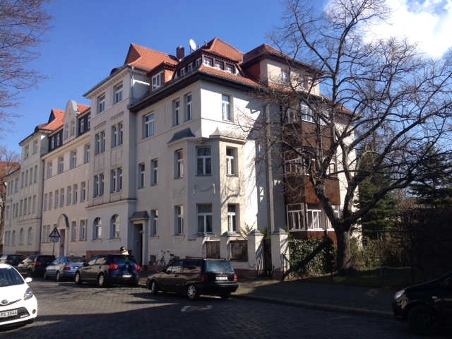 Hübsche 3-Raum-Wohnung mit Balkon in gepflegtem Gründerzeithaus!